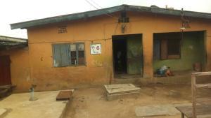 10 bedroom Semi Detached Bungalow House for sale Berlert bus stop Oshodi Expressway Oshodi Lagos