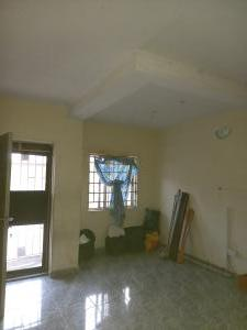2 bedroom Flat / Apartment for rent Off adetola  Aguda suruler  Aguda Surulere Lagos