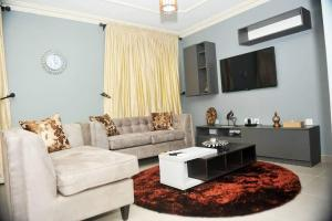 2 bedroom Flat / Apartment for shortlet Off Admiralty Road Lekki Phase 1 Lekki Lagos