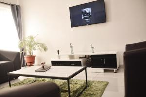 2 bedroom Flat / Apartment for shortlet Lekki Phase 1 Lekki Lagos