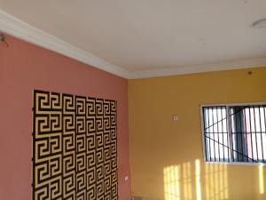 Blocks of Flats House for rent Akala express dittop filling station  Akala Express Ibadan Oyo