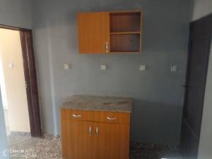 2 bedroom Blocks of Flats House for rent Alalubosa area  Alalubosa Ibadan Oyo