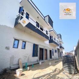 2 bedroom Blocks of Flats House for sale - Jakande Lekki Lagos