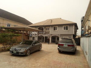 2 bedroom Flat / Apartment for rent Jakande Estate, Oke Afa Isolo Lagos