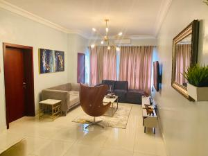 2 bedroom Flat / Apartment for shortlet 11 Olubunmi Owa St Lekki Phase 1 Lekki Lagos