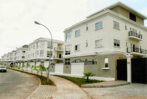 2 bedroom Terraced Duplex House for rent Along Marina Street Marina Lagos Island Lagos