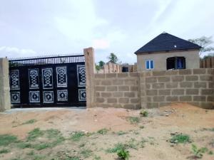 2 bedroom Blocks of Flats House for sale Owoagbara road off golden estate Odo ona Ibadan Oyo