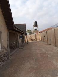 2 bedroom Blocks of Flats House for sale Alawoye, just by Adejumo, immediately after Alafara before elelunsonso ibadan. Ibadan Oyo