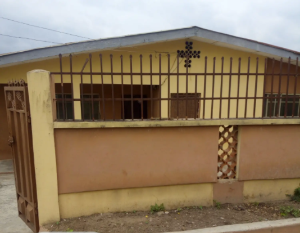3 bedroom Blocks of Flats House for sale Oke-Onitea, Osogbo Osun