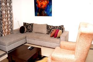 2 bedroom Shared Apartment Flat / Apartment for shortlet Dideolu Estate ONIRU Victoria Island Lagos