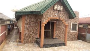 Blocks of Flats House for sale Off ijegun road  Ijegun Ikotun/Igando Lagos