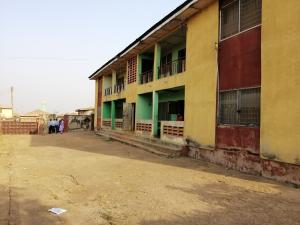 3 bedroom Flat / Apartment for sale Arolu, Montana  Iwo Rd Ibadan Oyo