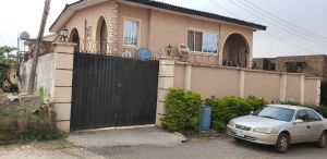 10 bedroom Semi Detached Duplex House for sale Number 1 Dejo Dairo Street Behind Total Filling Station Adex Bus Stop Monatan Iwo Road Ibadan Monatan Lagelu Oyo