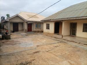 2 bedroom House for sale 2 unit of two bedroom flat and 2unit of a room self contaiOda road just opposite school of heath technology akure,shittu street very close to the road  Akure Ondo