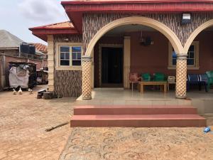 2 bedroom Detached Bungalow House for sale Ogunajobo Orange F.M Shagari village, Akure Ondo