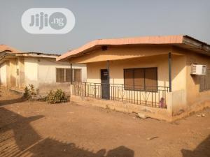 3 bedroom Flat / Apartment for sale  Housing Estate Akure. Akure Ondo