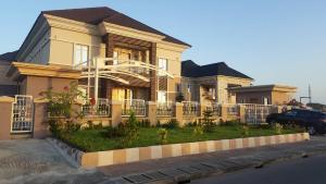 5 bedroom House for sale Royal Gardens Estate VGC Lekki Lagos