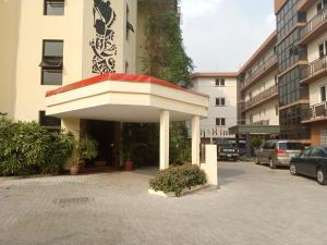 Office Space Commercial Property for rent Off Ademola Adetokunbo Street, Victoria Island. Ademola Adetokunbo Victoria Island Lagos