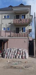 2 bedroom Blocks of Flats House for rent ONDO STREET BY IBADAN STREET Ebute Metta Yaba Lagos