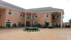 10 bedroom Hotel/Guest House Commercial Property for sale Abakiliki Street Anambra Anambra
