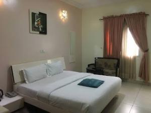 Hotel/Guest House for sale Off Admiralty Way Lekki Phase 1 Lekki Lagos