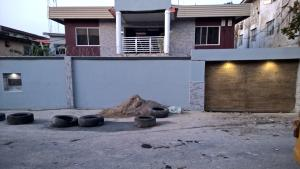 3 bedroom Flat / Apartment for rent Dipeolu Street  Ikeja Ikeja Lagos