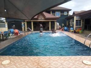 10 bedroom Hotel/Guest House Commercial Property for sale Iju Lagos