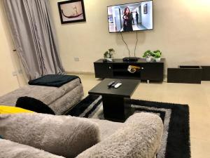 2 bedroom Flat / Apartment for shortlet Dolphin  Dolphin Estate Ikoyi Lagos
