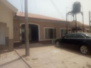 3 bedroom Terraced Bungalow House for sale Inside NIA Snr Qtrs Lugbe Abuja