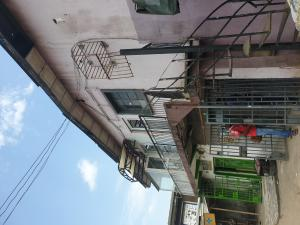 2 bedroom Flat / Apartment for rent Lawanson Road by Anjorin Busstop Lawanson Surulere Lagos