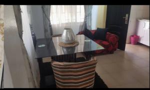 2 bedroom Flat / Apartment for rent Oba oyekan estate Lekki Phase 1 Lekki Lagos