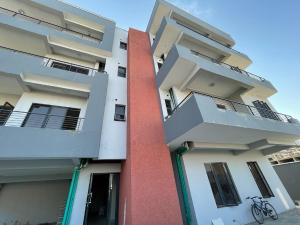 2 bedroom Flat / Apartment for sale Behind Enyo Filling Station, Chisco Bustop Ikate Lekki Lagos