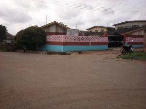 10 bedroom School Commercial Property for sale Kofo- Popoola Street, Holy Trinity (Saw Mill Area) Agodi Ibadan Oyo