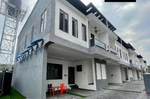 Terraced Duplex for rent Ilasan Lekki Lagos