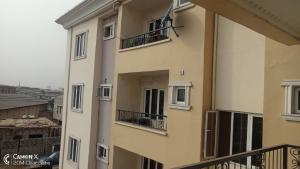 3 bedroom Flat / Apartment for sale Onike Yaba Lagos
