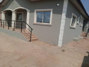 Blocks of Flats House for rent Oluyole  Oluyole Estate Ibadan Oyo