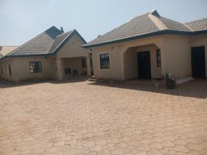 3 bedroom Blocks of Flats House for sale Road 4, Gonin Gora, Government Land. Kaduna South Kaduna