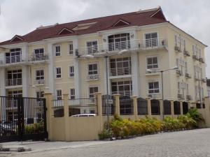 3 bedroom Flat / Apartment for rent chevron drive chevron Lekki Lagos