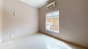 3 bedroom Flat / Apartment for rent Off Gerrard Old Ikoyi Ikoyi Lagos