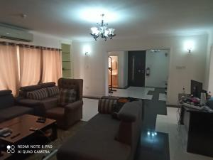 3 bedroom Flat / Apartment for rent Idowu Martins Off Adeola Odeku Victoria Island Lagos