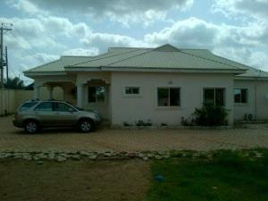 3 bedroom House for sale No 5 Living Water Avenue, Narayi High Cost Chikun Kaduna