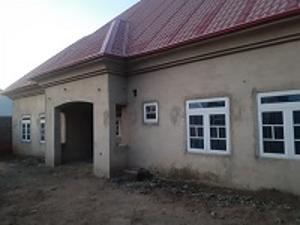 3 bedroom Detached Bungalow for sale Zauda District Dei-Dei Abuja