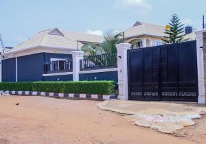 3 bedroom House for sale Mowo Kekere ijede road, Ikorodu Lagos