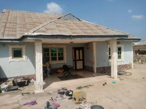 Detached Bungalow House for sale  at Adeleye area off new ife road alakia ibadan Oyo state   Alakia Ibadan Oyo