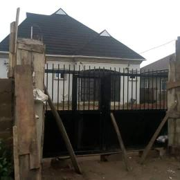3 bedroom Detached Bungalow House for sale Ajila area elebu off akala express way Ibadan  Akala Express Ibadan Oyo
