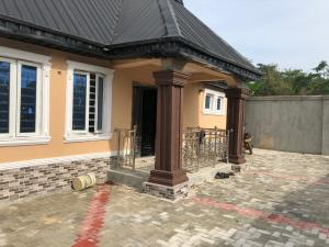 3 bedroom Detached Bungalow House for sale Larisa off arapaja akala.express ibadan  Akala Express Ibadan Oyo