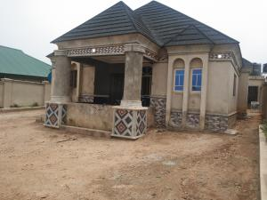 3 bedroom Detached Bungalow House for sale Makoni Ologuneru Area Ibadan Eleyele Ibadan Oyo