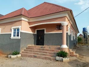 3 bedroom Detached Bungalow House for rent VON/TRADEMOORE axis Lugbe Lugbe Abuja