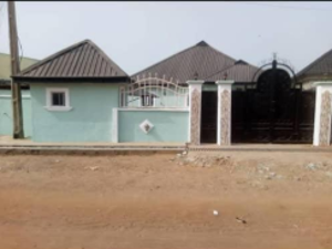 3 bedroom Detached Bungalow House for sale islamic village, yebmot area Ilorin Kwara