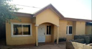3 bedroom Flat / Apartment for sale Barnawa low-cost, Gtbank Area Kaduna South Kaduna